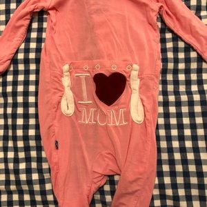 Kickee Pants Snap Footless Coverall - I love Mom!
